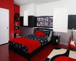 red and white bedroom walls – highflies.info