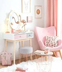 mirror pink chair and furniture
