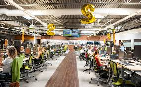 San diego office Petco Equal Footing While The Customer Happiness Team Uses Hotel Stations The Rest Of The Staff Has Permanent Workstations There Are No Officesregardless Of Hatch Big Business And Bocce Ball Look Inside Gofundmes New Digs Hatch