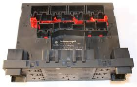 used genuine vw passat fuse box 3c8 937 049 ab uk s no 1 vw passat fuse box£79 99