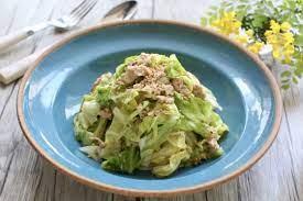 カレー ライス に 合う サラダ