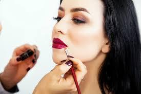 atlanta makeup artist applying makeup