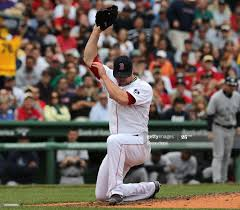 Boston Red Sox starting pitcher Jon Lester fields a hard come backer...  News Photo - Getty Images