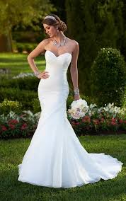 25 cute fitted wedding dresses ideas