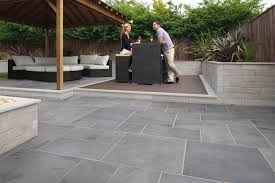 fairstone slate casarta silver grey with fairstone sawn walling silver multi