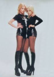 The Runaways Photo: Cherie & Marie Currie | Cherie currie, Fashion ...