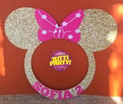 Minnie golden Photo frame, Minnie golden Photo prop, Minnie golden Photo  Booth, Minnie Party decora… | Minnie mouse birthday party, Minnie mouse  party, Minnie party