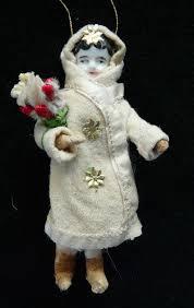 Christbaumschmuck Aus Watte Mit Antike Puppe Porzellankopf