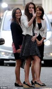 duchess of cambridge pregnant kate middleton s injection of dna common touch kate pictured her sister pippa and mother carole