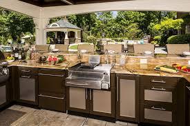 outdoor kitchen countertop ideas