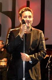 Terry Hall (singer) - Wikipedia
