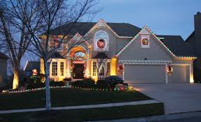 tour decorated homes with our holiday lights map