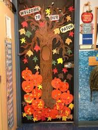 Image Magnificent Autumn Door Decorations Fall Door At School Door Decorations Fall Classroom Decorations Preschool Pinterest Fall Door Decoration Ideas For The Classroom Crafty Morning