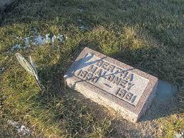 Bertha Maloney (1890-1961) - Find A Grave Memorial
