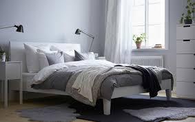 Jetzt mehr über schlafzimmer erfahren erst die richtigen möbel machen unser schlafzimmer zu einem ganz individuellen raum. Wirkung Von Farben Im Schlafzimmer Ein Ratgeber Schoner Wohnen