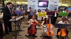 garden city park school students orchestra performance at barnes nobles 01