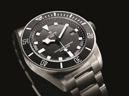 tudor pelagos men s diving watch pinoy guy guide the thing about s diving is that it can be both fun and at the same time quite dangerous due to a number of factors one of which is prolonged exposure