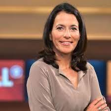 Anne will (born 18 march 1966) is a german television journalist and host of the eponymous political talk show. Anne Will Ard Der Favorit Unter Den Polit Talks Im Ersten Tv Kino