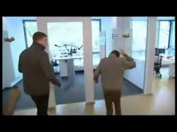 justin bieber walk into glass wall door 2nd time you