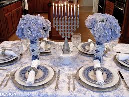 Table Setting In French French Blue And White Holiday Table Setting With Toile