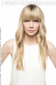long blonde hairstyle with fringe