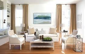 White Shabby Chic Living Room Furniture Modern White Nuance Of The Living Shabby Chic That Has Cream Wall