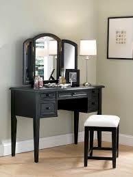 Three Way Vanity Mirror Characteristics Of Bedroom Vanity With Mirror Lestnic