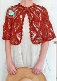Capelet Pattern Enchanting Crochet Shawls Crochet Capelet Pattern Beautiful Pineapple