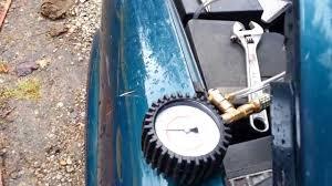 98 Chevy Blazer: Fuel pump pressure testing - YouTube