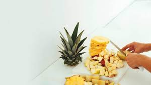 Pineapple Allergy: Symptoms, Management, and More