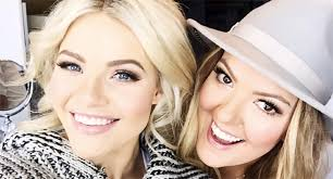 witney carson prepares for her bridal look with her makeup artist vivian johnson