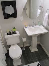 unique small bathrooms with pedestal sinks 25 best ideas about pedestal sink bathroom on