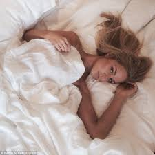 sweet dreams model renae ayris posts y photo and wearing no clothes above covers on