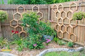 honeycomb garden trellis diy garden