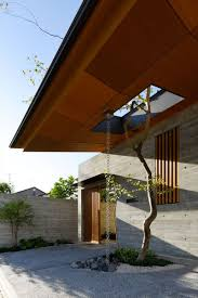 Modern Water Well Design 14 Modern Homes That Use Rain Chains To Divert Water