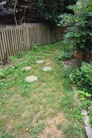 how to create a diy stone walkway before with overgrown weeds thrift diving