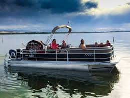 Average Pontoon Boat Speeds With 15 Examples Betterboat