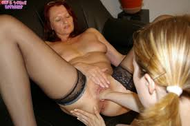 Mature lesbian fisted by hotie