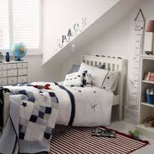 white paint ideas for boys room