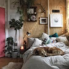Gemütlicher Schlafbereich Mit Lichterkette Und Diy Möbeln