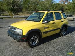 2002 Yellow Chevrolet Tracker LT 4WD Hard Top #21309695 | GTCarLot ...