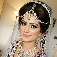 insram post by lubna r makeup artist lubna r