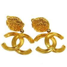 chanel drop earrings. authentic vintage chanel gold cc drop earrings