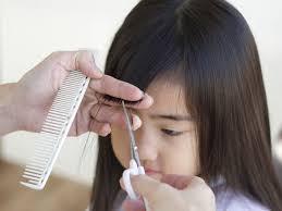 子供の髪を自宅で散髪幼児のヘアカットで失敗しない切り方コツall