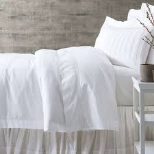 White bed sheets Full If Stains Do Happen we Know Its Hard To Say No To Breakfast In Bed Be Sure To Treat The Stain Right Away The Longer It Sits The More Likely It Is Annie Selke Beded 101 10 Ways To Keep Your White Bedding White Annie Selke