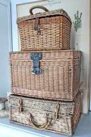 Best 25+ Vintage baskets ideas on Pinterest | Farmhouse picnic ...