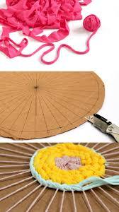 step 4 weaving the rag rug