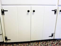 Introduction: Fix It   Kitchen Cabinet Hinge