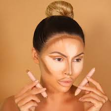 easy contouring makeup for glossy skin picture1