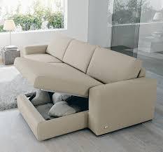 Idee salvaspazio divano angolare per piccoli spazi.